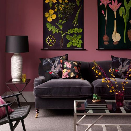 96|00000f36e|5687_orh550w550_decorating-with-black-Homes-Gardens-decorating-Living-rooms