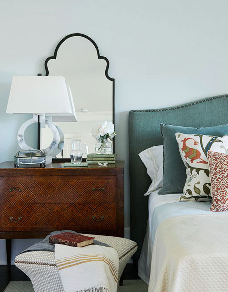Teal-&-Orange-Bedroom